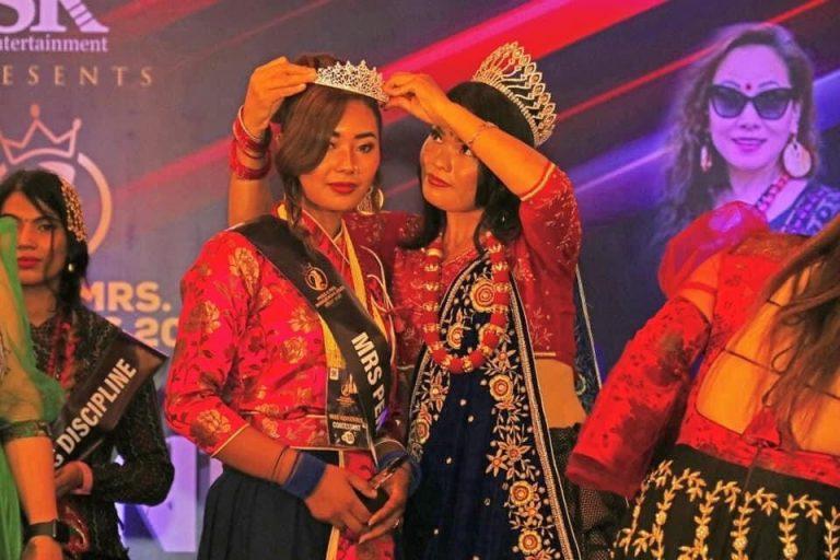 Mrs. Adivasi Janajati 2021 Gorkhaki Asha Thapa, मिसेस आदिवासी जनजाति २०२१ गोरखाकी आशा थापा